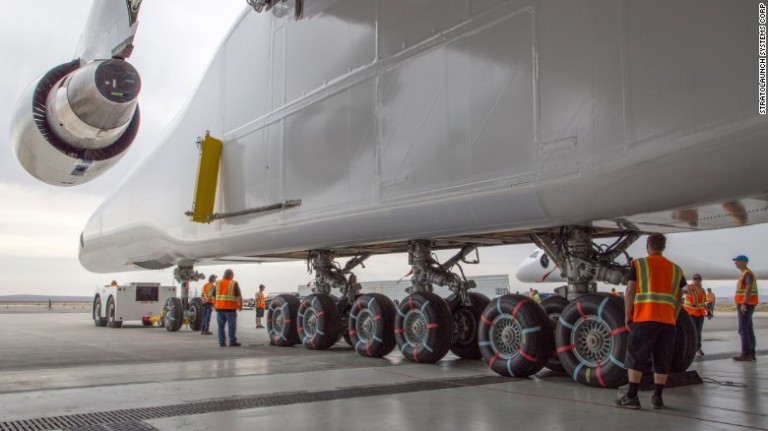 stratolaunch-exlarge-169